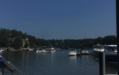 Gibson takes advantage of 3-day weekend by visiting Lake of the Ozarks