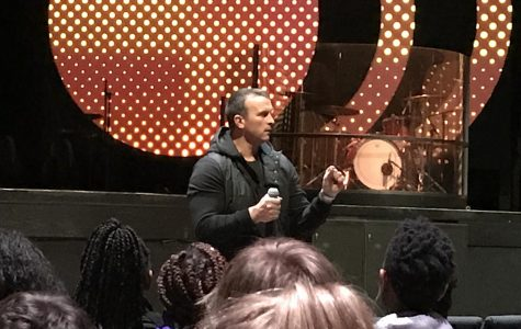 Herren speaks to students on the dangers of drug abuse