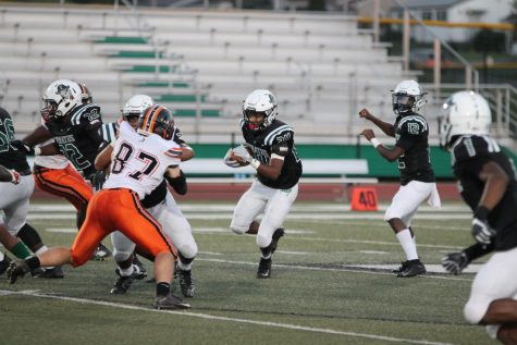Pirates control Statesmen with running game