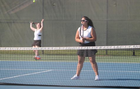 Senior Aliza Ahmed reflects on her last year of tennis