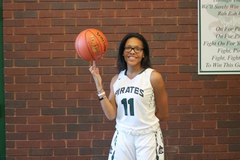 Jenkins drops 17 points in a win against the McCluer Comets