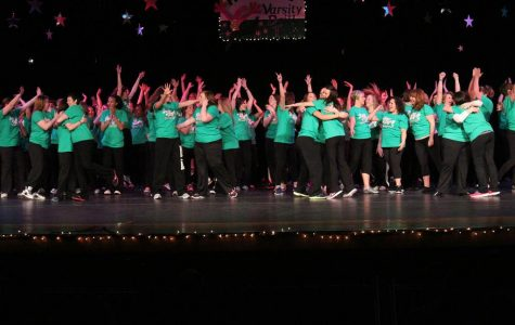 VIDEO Watch the VDT alumnae dance at the 40th Annual Variety Show