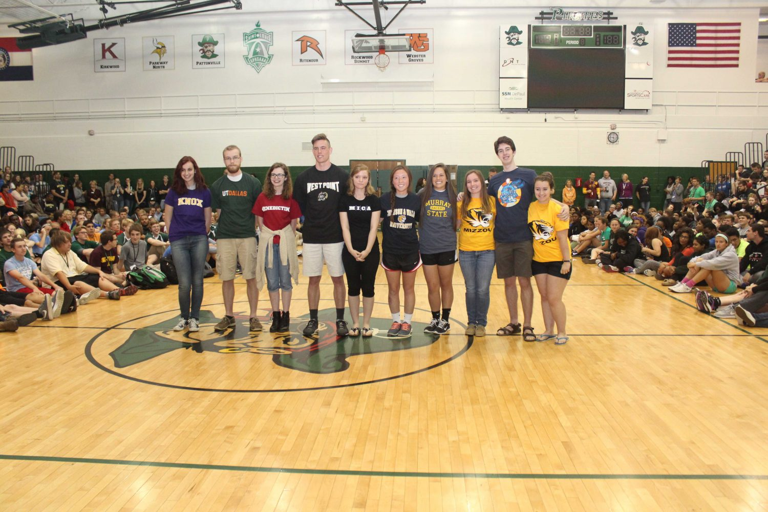 SLIDESHOW+Top+10+seniors+honored+at+Spring+Assembly