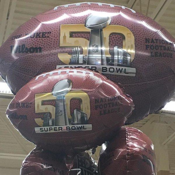Students make Super Bowl predictions