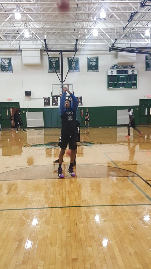 Kellen Thames works on his free throw shooting in the Pattonville gym.