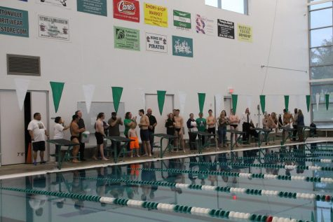 Seniors honored just before final regular season meet against Ladue.