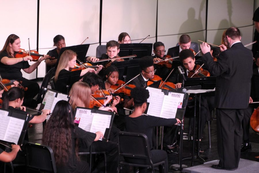 String and Orchestra host a showcase concert for the upcoming Large Group Festival. Their showcase concert took place on February 27 and showed off what's to come for their highly anticipated event.