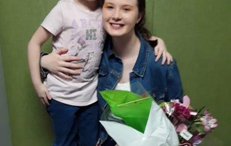 Sophomore Mackenzie Rosenthal and her little sister.